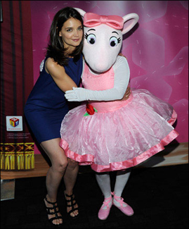 Katie Holmes Barefoot on Hit Entertainment And Katie Holmes    Dizzy Feet Foundation Have