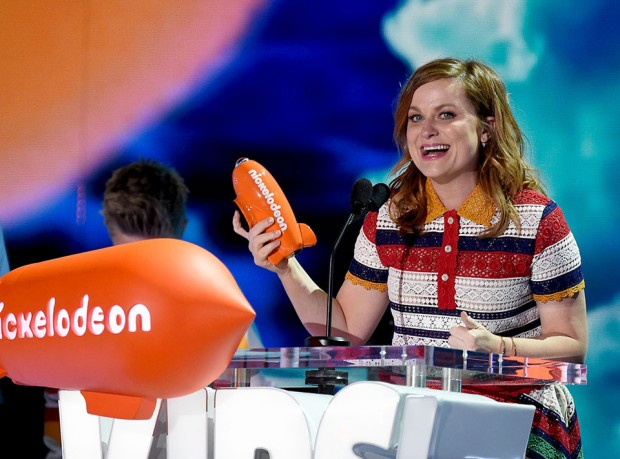 Amy Poehler at the 2016 Kids' Choice Awards (Photo Credit: Frazer Harrison/KCA2016/Getty Images for Nickelodeon)