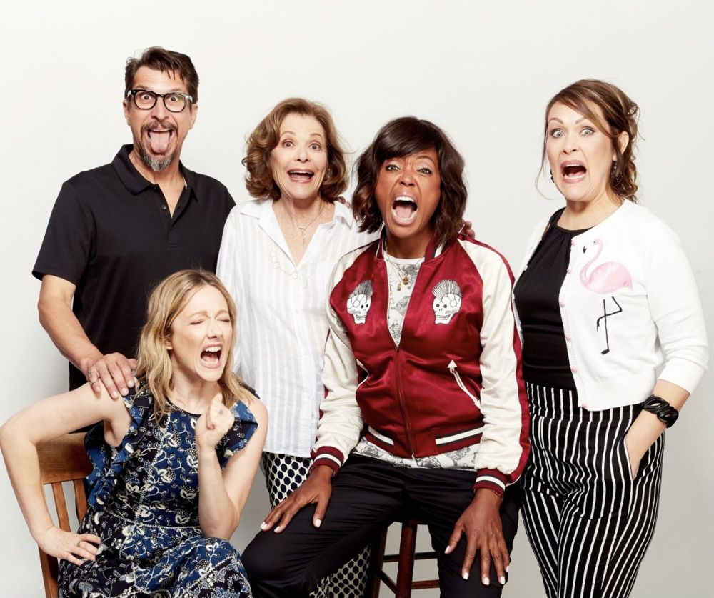 Archer voice cast photo shared by Amber Nash. L-R: Lucky Yates, Judy Greer, Jessica Walter, Aisha Tyler and Nash.