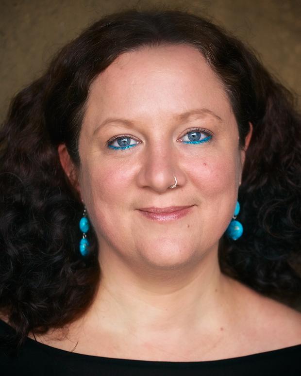 Dr Lizelle Bisschoff
