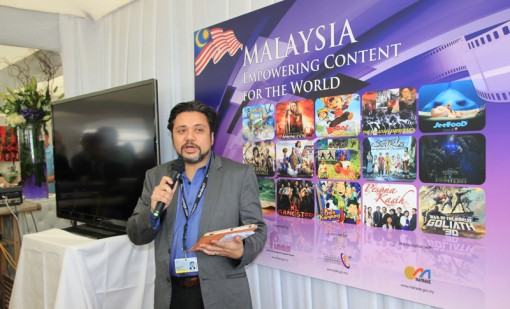 Mohd Naguib Razak, director general of FINAS, makes an announcement at the Creative Malaysia reception at the 2012 Cannes Film Market