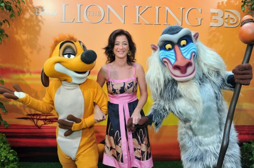 "HOLLYWOOD, CA - AUGUST 27:  Actress Moira Kelly (C) poses with Timon and Rafiki at ""The Lion King"" Los Angeles 3D Premiere at the El Capitan Theatre on August 27, 2011 in Hollywood, California.  (Photo by Alberto E. Rodriguez/WireImage)"
