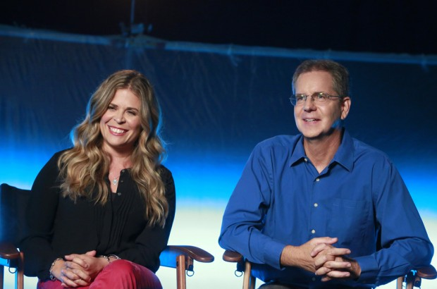 """ABC SPECIAL - THE STORY OF FROZEN: MAKING AN ANIMATED CLASSIC - Academy Award-winning directors of """"Frozen"""" - Jennifer Lee and Chris Buck – share the behind-the-scenes secrets of making the biggest animated film of all time in the ABC special """"The Story of Frozen: Making An Animated Classic"""" - airing TUESDAY, SEPT. 2 (8:00-9:00pm, ET) on the ABC Television Network. (ABC/Ron Tom) JENNIFER LEE, CHRIS BUCK"""