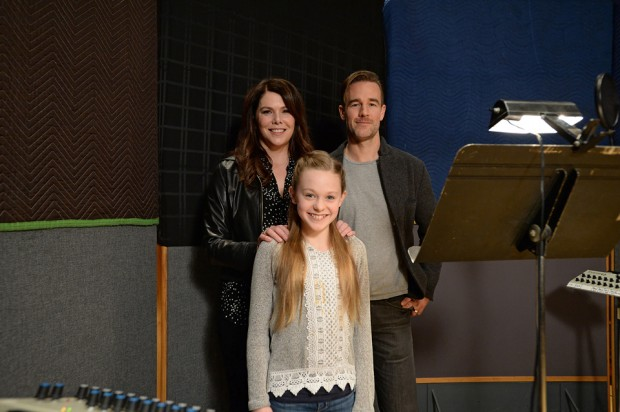 James Van Der Beek, Lauren Graham & Isabella Crovetti Star in Vampirina