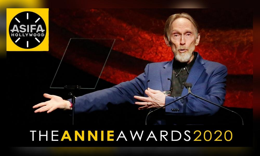 Coraline director Henry Selick accepted a Winsor McCay Award at the 47th Annie Awards.