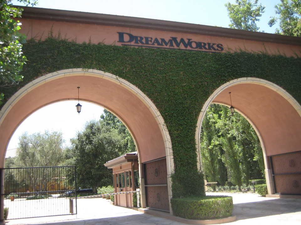 Dreamworks Glendale Campus Sells For 215m