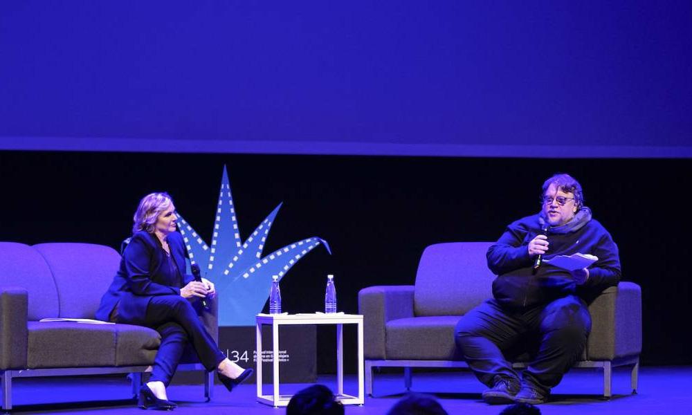 Netflix Kids VP Melissa Cobb (L) and filmmaker Guillermo del Toro (R) at the 2019 Festival Internacional de Cine de Guadalajara (FICG)