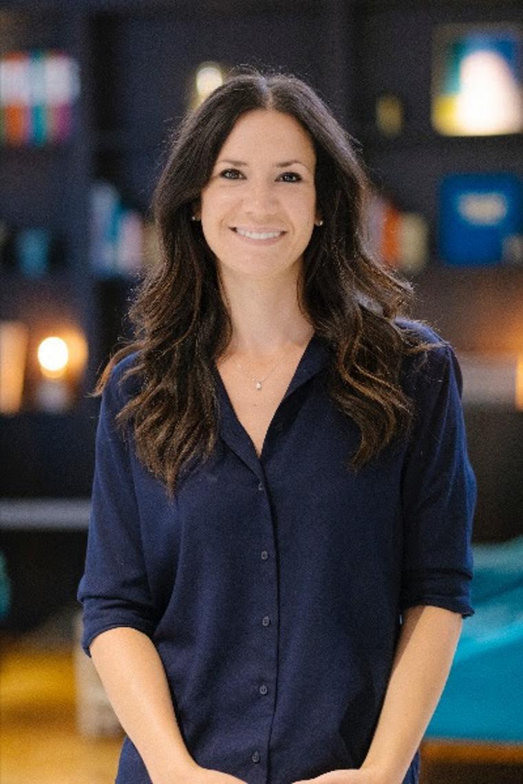 Lara Lom