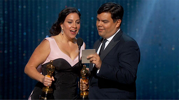 """Oscars 2014: Frozen takes home 1 more Academy Award for best song; """"Let it Go"""""""