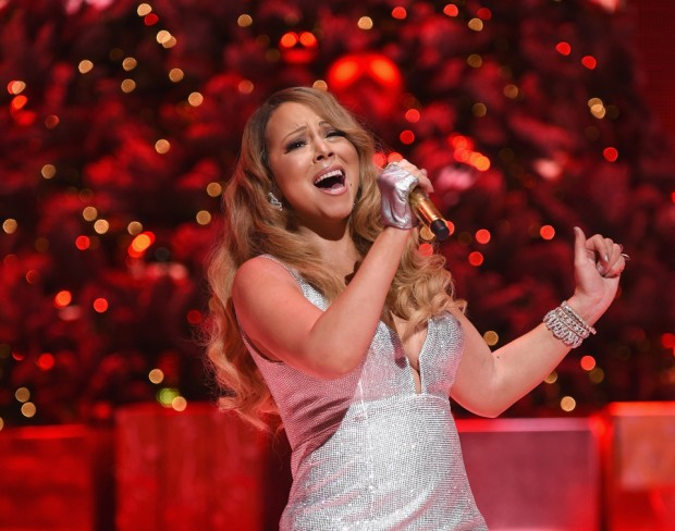 "Mariah Carey singing ""The Star"""