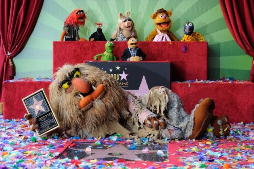 The Muppets, che sono stati premiati con 2.466 ° stella sulla Hollywood Walk of Fame di fronte al El Capitan Theatre il 20 marzo 2012 a Hollywood, California.  (Photo by Frazer Harrison / Getty Images)