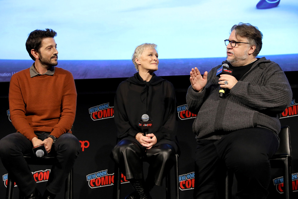 Actors Diego Luna, Glenn Close and creator/EP Guillermo del Toro at DreamWorks Tales of Arcadia: 3Below panel during New York Comic Con '18. (Photo: Cindy Ord/Getty Images for DreamWorks Animation Television)