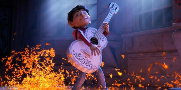 pixar-coco-guitar