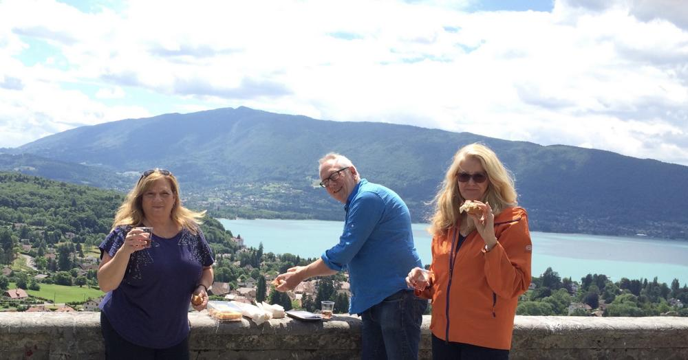 Sheri Shelton and Jean Thoren taking a well-earned break with producer John Andrews at Annecy.