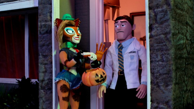 SuperMansion: Drag Me to Halloween