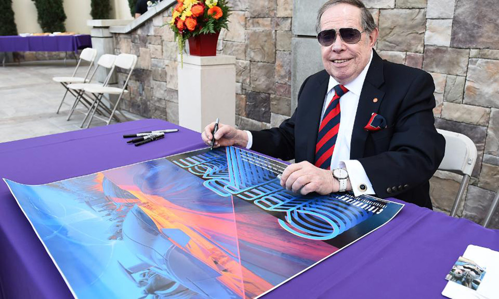 Syd Mead at a Forest Lawn Museum retrospective in 2014 [Photo: Jordan Strauss/Invision for Forest Lawn/AP Images]