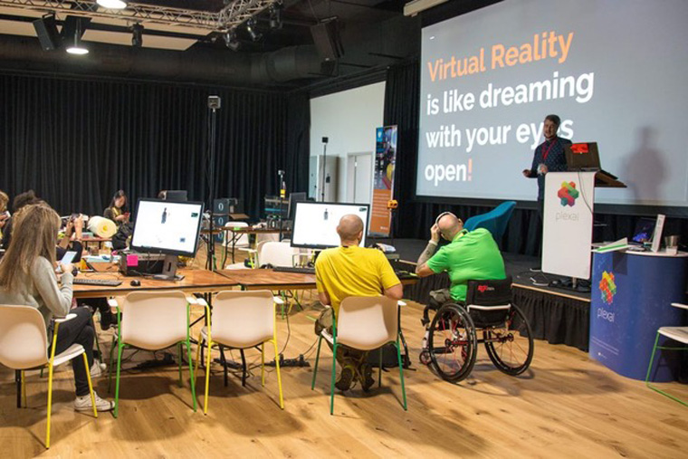 University College London VR course