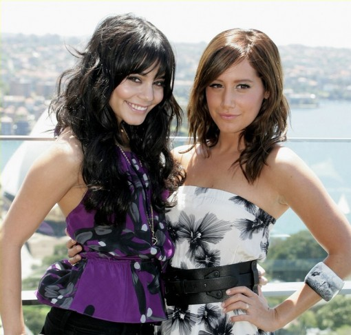 (from left) Vanessa Hudgens and Ashley Tisdale